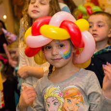 Children's entertainer £99 - 60 minutes!