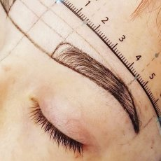 Microblading / eyebrow tattoo