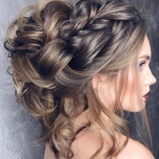 WOMEN'S STYLING / HAIR STYLING