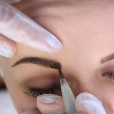Cosmetic tattooing for Eyebrows