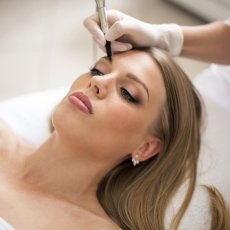 Microblading / Dermapen Microneedling / Permanent MakeUp / Lips Blushed/3D