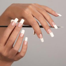Nail servis at home