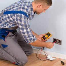 Commercial and Domestic electrician covering all London