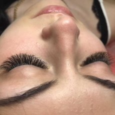Individual Classic Eyelash Extensions