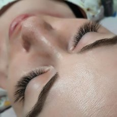 Russian Volume - Individual Eyelash Extension