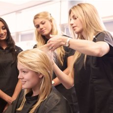 Hairdressers wanted for an exciting new job opportunity!