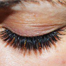 Russian Volume or Natural Classic Eyelashes Extension at your home