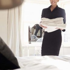 PART TIME HOUSEKEEPER - WIMBLEDON, SW19