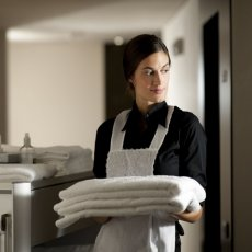Required domestic staff in London
