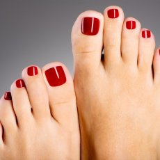 Manicure & Pedicure in London
