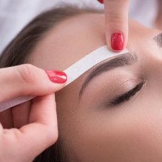 Mobile beauty therapy therapist - wax facial
